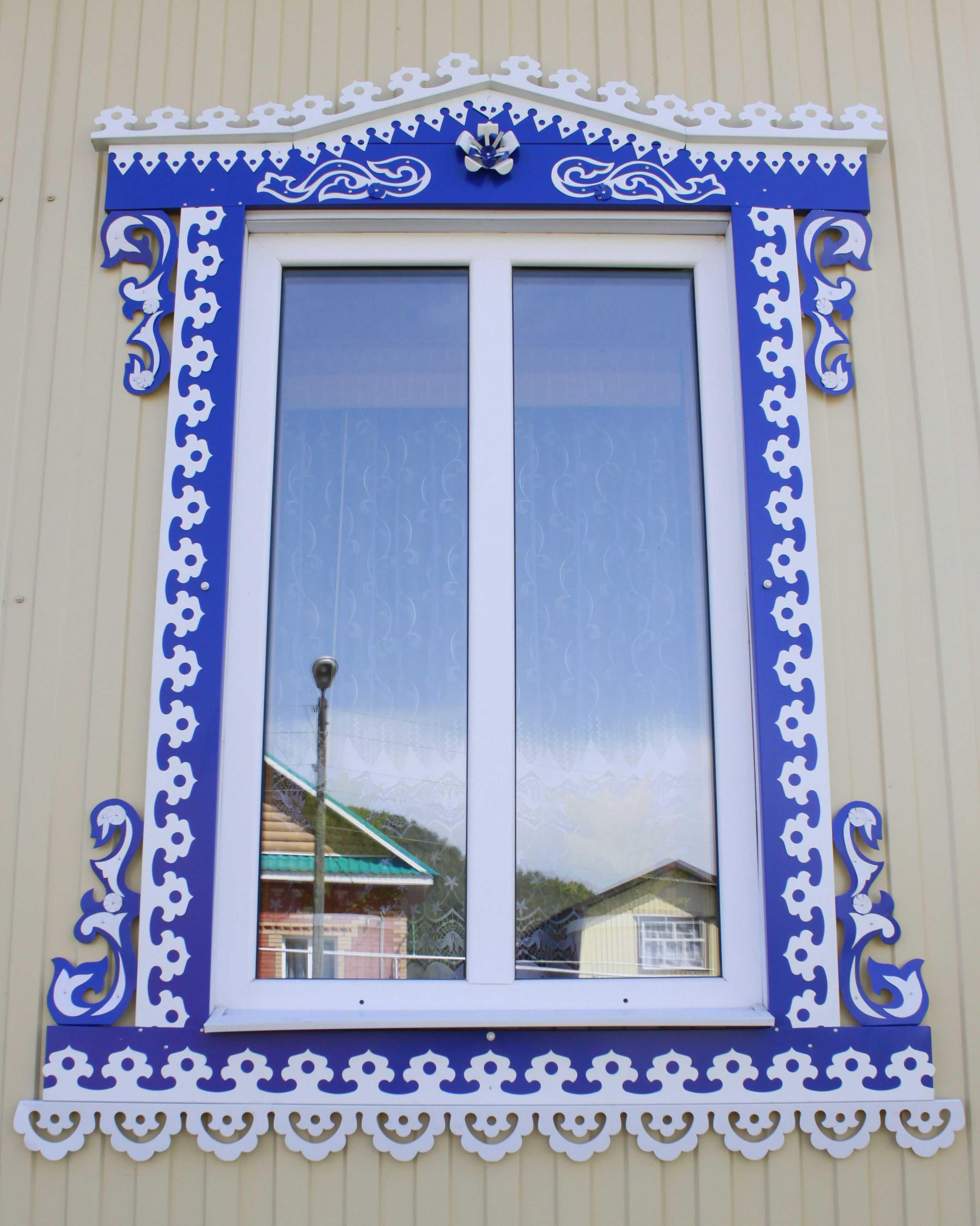 Узоры на наличниках на окна в деревянном доме фото